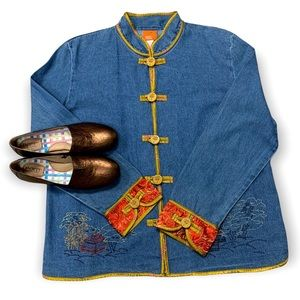 Hearts of Palm Relaxed Blue Denim Jacket Mandarin Collar Embroidered Scenes